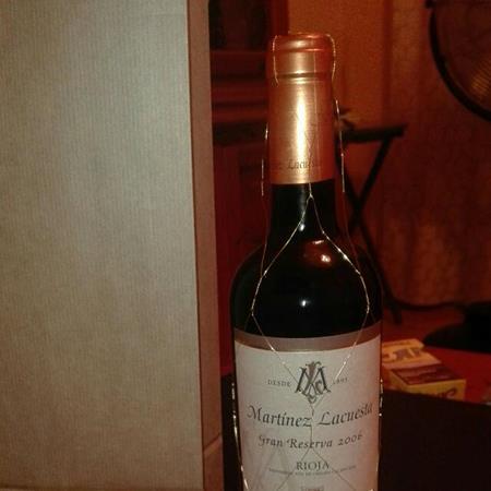 Con lo bueno que está el vino.